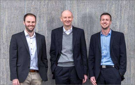 Gruppenbild der carmasec-Geschäftsführer Timm Börgers, Carsten Marmulla, Jan Sudmeyer, Geschägft
